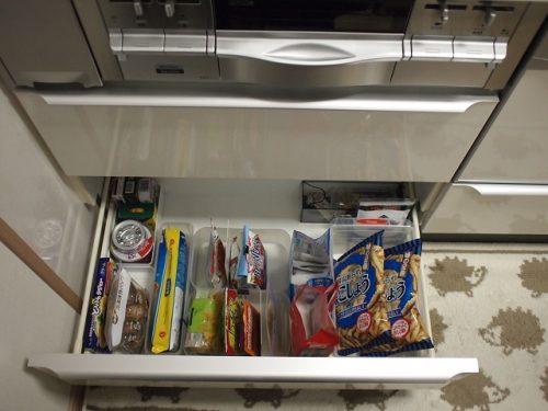 わが家の乾物やお菓子収納の画像