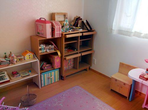 整理収納後の子供部屋の画像