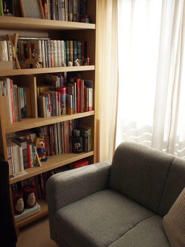 わが家の本棚の画像