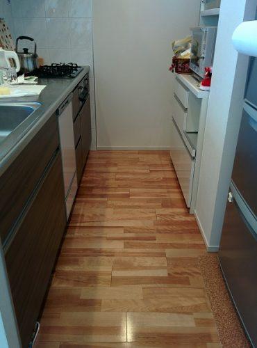 整理収納後のキッチンの画像